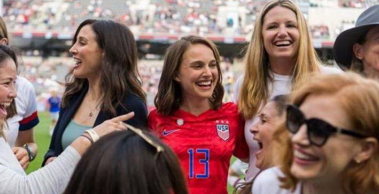 Futebol feminino: Los Angeles ganha novo time de futebol com apoio de atrizes