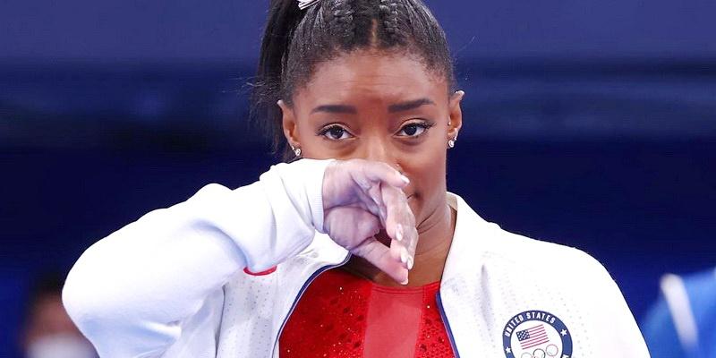Ginasta Simone Biles desiste de participar das Olímpiadas após problemas de saúde mental